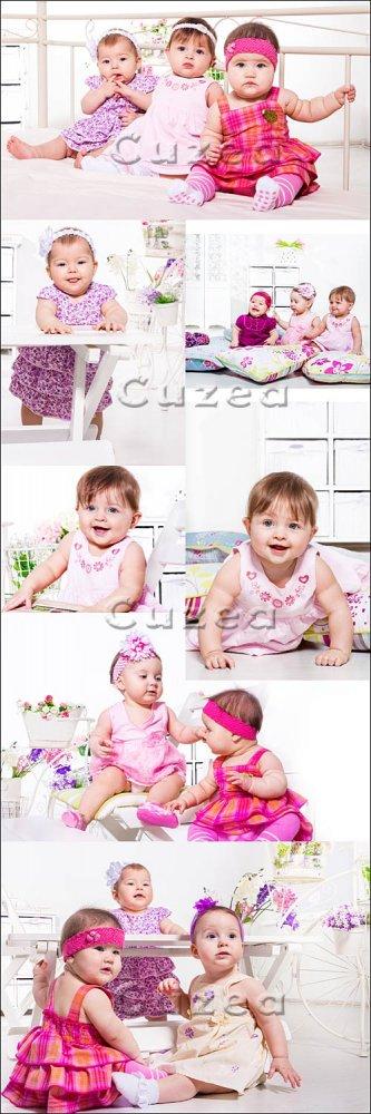 Симпатичные малышки в красивых платьях/ Little girls in beautiful dresses - ...