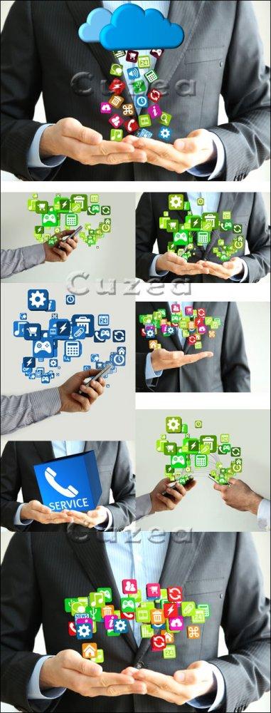 Смартфоны и социальные иконки/ Social icons and smartphone - Stock photo