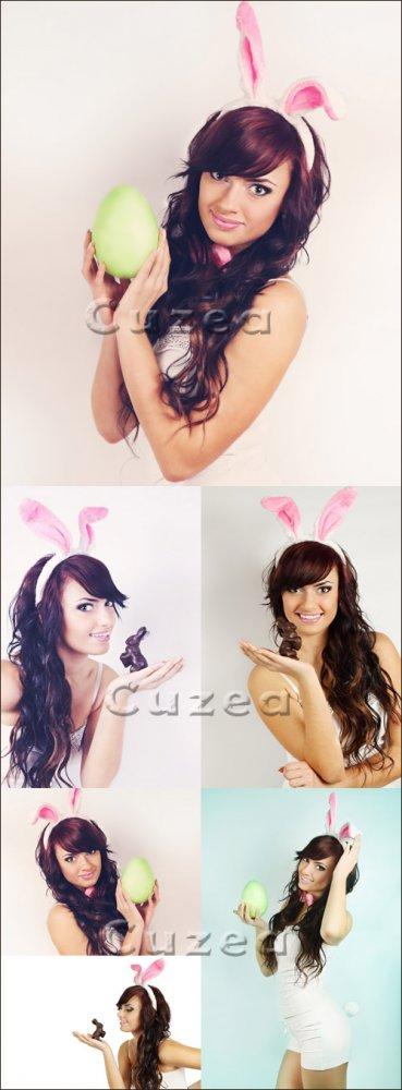 Девушка в костюме зайки с пасхальным яйцом/ Girl- rabbit with easter egg -  ...
