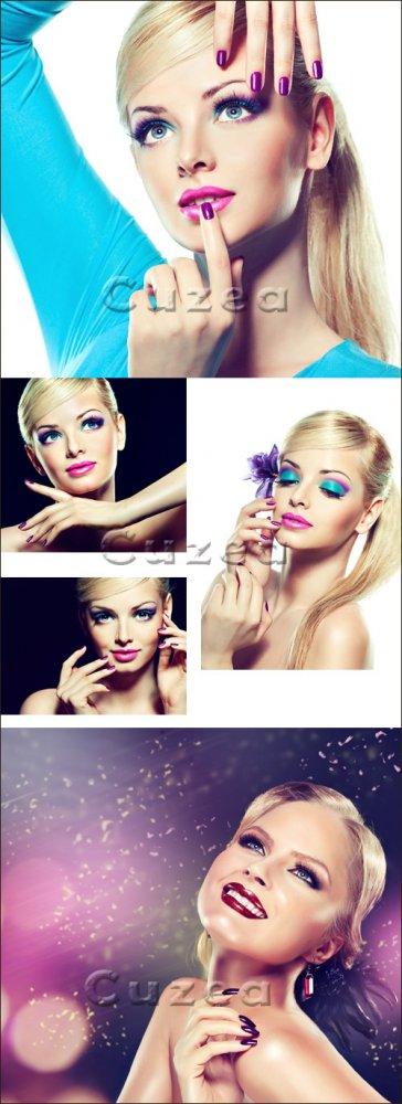 Прекрасные блондинки с гламурным макияжем/ Beautiful girls - Stock photo