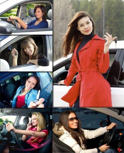 Фотосток: женщина за рулем