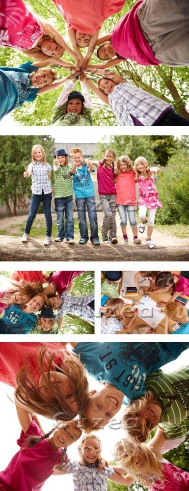 Счастливые смеющиеся дети/ Happy children - stock photo