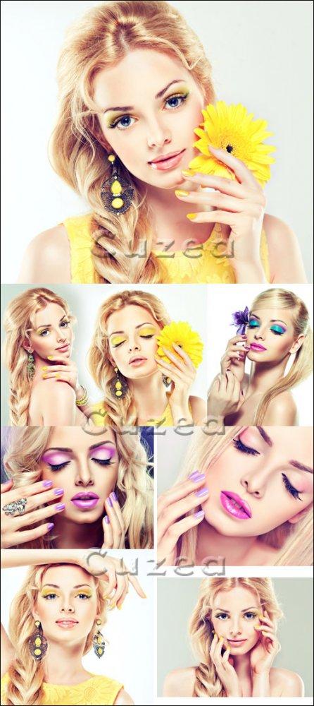 Прекрасные блондинки/ Beautiful blonds girls - Stock photo