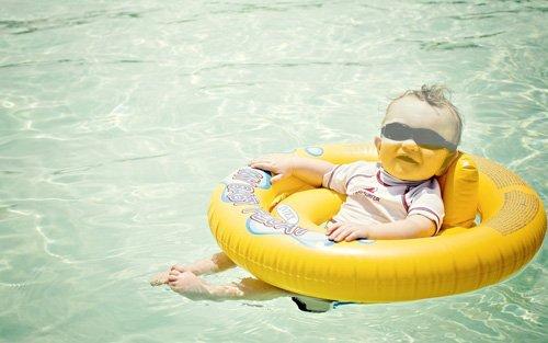 Шаблон для фотомонтажа - Малыш на отдыхе