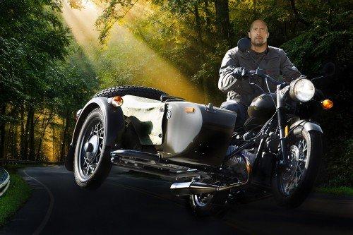 Мужской шаблон-шумахер на мотоцикле