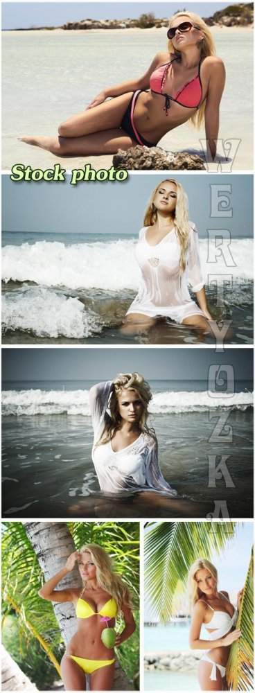 Красивые девушки на море / Beautiful girls on the beach - Raster clipart