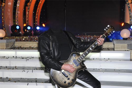 Шаблон для фотошопа - На своем концерте с гитарой