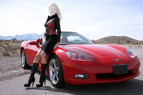 Шаблон для фотошопа - Девушка у спортивного Corvette