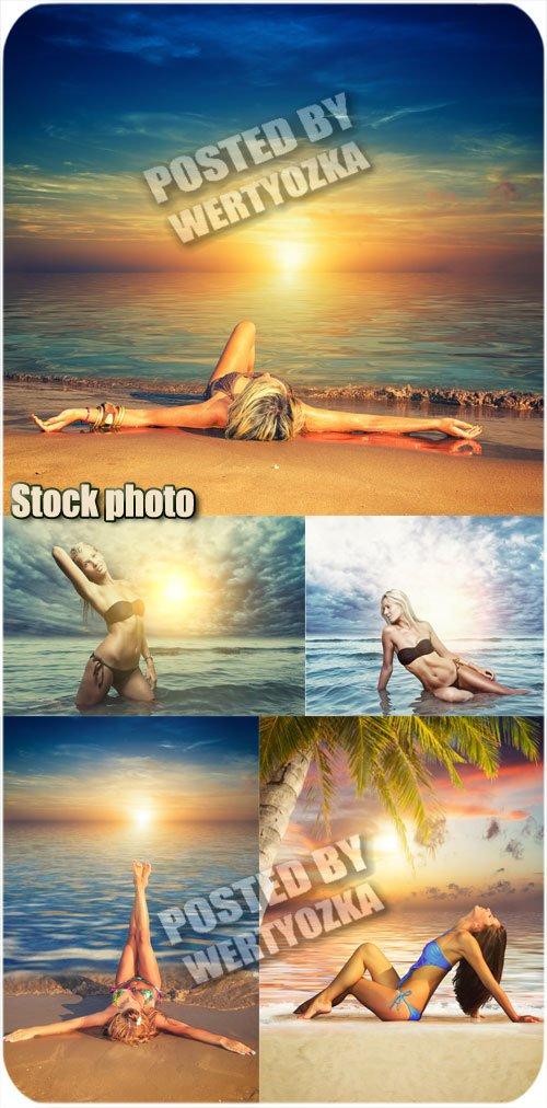 Девушки и чудесные морские пейзажи / Girls and wonderful sea views - stock  ...
