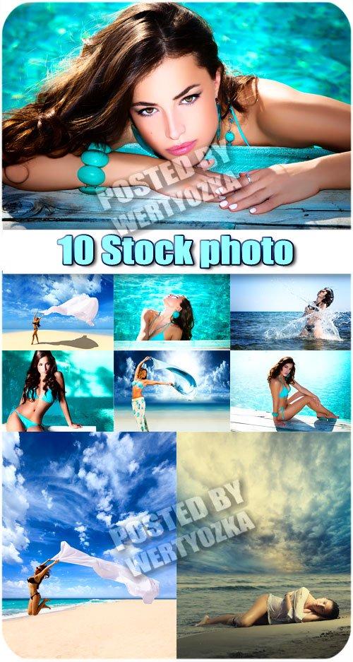 Девушки и морские просторы / Girls and sea space - stock photos