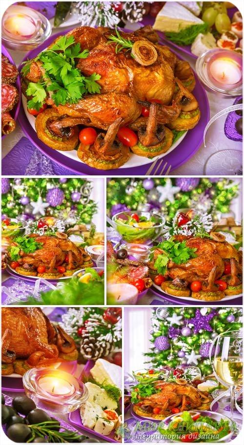 Праздничный стол, вкусная еда - сток фото