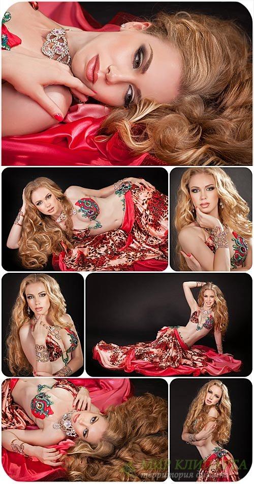Восточная танцовщица,девушка / East dancer girl - Stock Photo