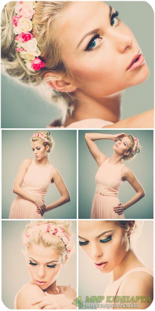 Девушка в стиле ретро / Girl in retro style - Stock Photo