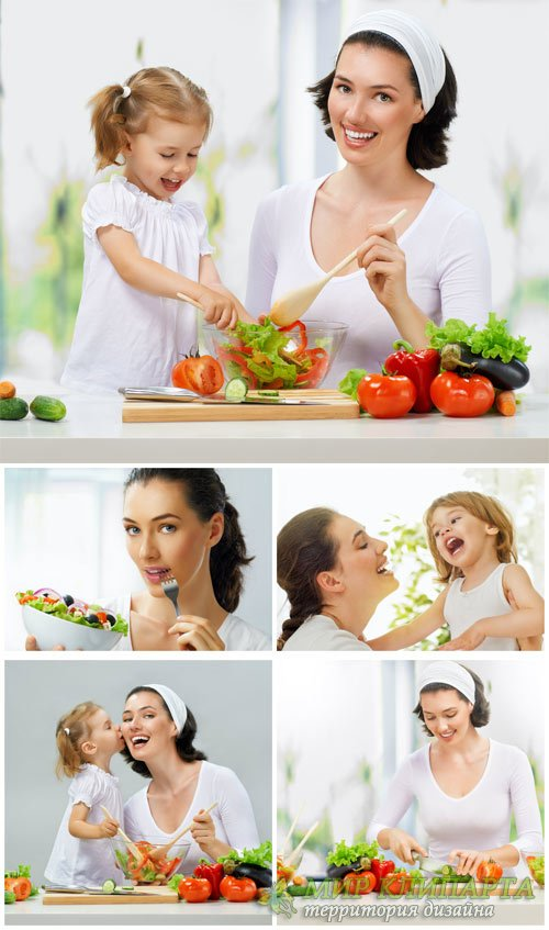 Мама и дочка готовят кушать / Mom and daughter are preparing to eat - Stock photo